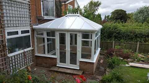 suzi conservatory